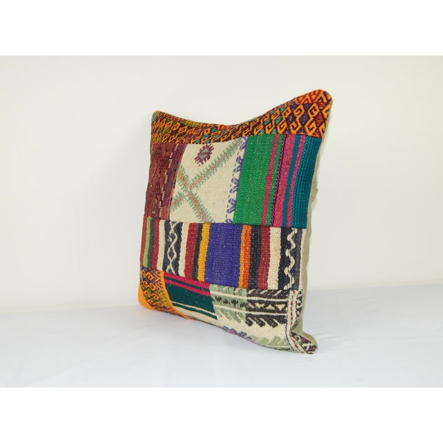 "Mid-Century Modern Vintage Turkish Kilim Pillow Cover 20"" X 20"" For Sale - Image 3 of 6"