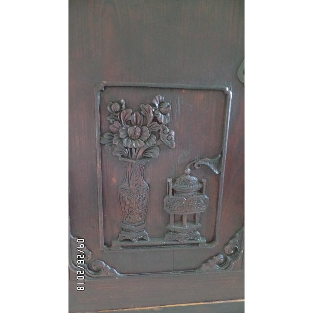 Antique Chinese Wardrobe- Wedding Chest For Sale - Image 4 of 13