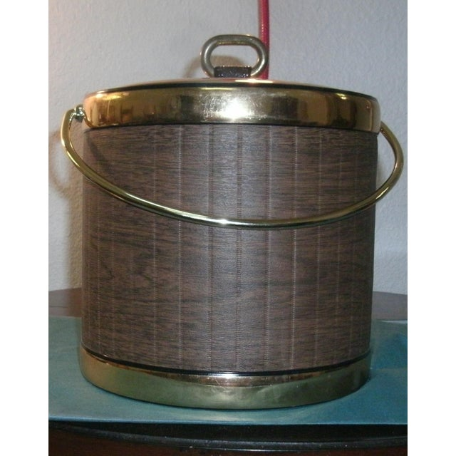 Mid 20th Century Faux Wood Grain & Gold Kraftware Ice Bucket For Sale - Image 10 of 10