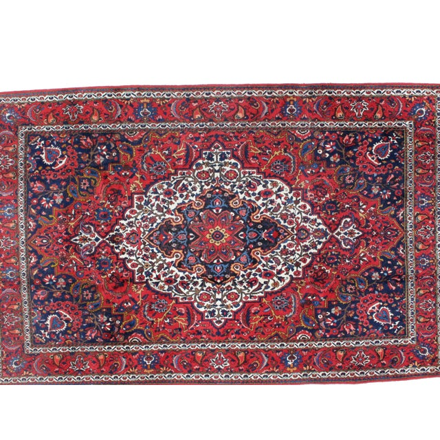 Wool pile hand made very fine Persian Saman Bakhtiar in excellent condition.