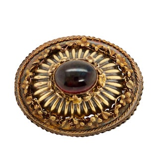Victorian 10k Gold and Cabachon Garnet Brooch For Sale