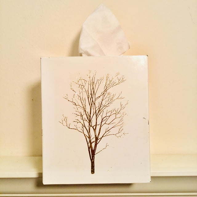 Contemporary Vintage White Lacquered Plastic Tissue Box With Gold Metallic Abstract Tree Design For Sale - Image 3 of 9