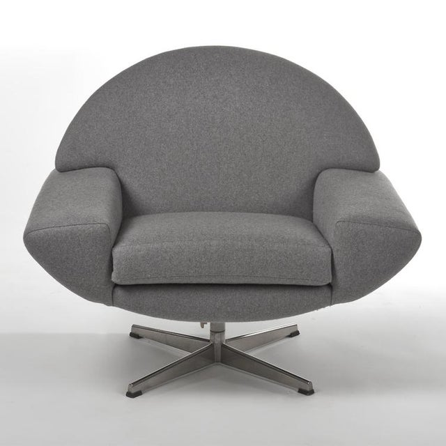Large and futuristic pair of swivel chairs, created circa 1960s. These are moving, functional sculptures. Newly...