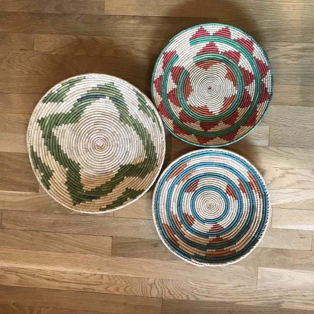1970s African Flat Baskets - Set of 3 For Sale In San Antonio - Image 6 of 6