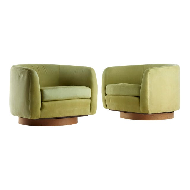 Mid Century Selig Milo Baughman Style Barrel Swivel Lounge Chairs - a Pair For Sale