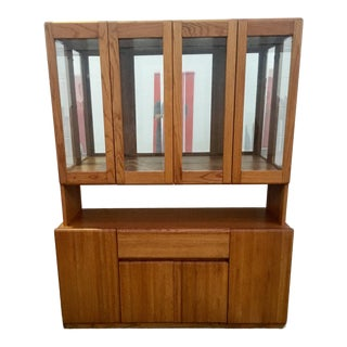 1970s Vintage Danish Contemporary Modern Teak Credenza & Display Hutch For Sale