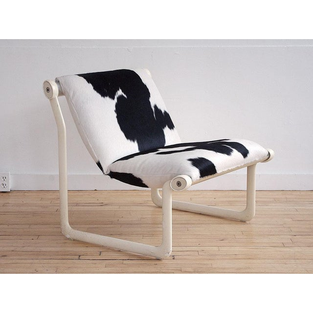 USA, ca. 1970s. A very chic sling chair with matching ottoman designed by Bruce Hannah and Andrew Morrison for Knoll in...