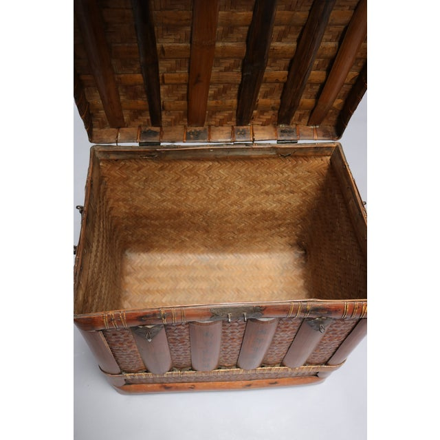 Mid 18th C. Chinese Square Basket For Sale In Los Angeles - Image 6 of 7