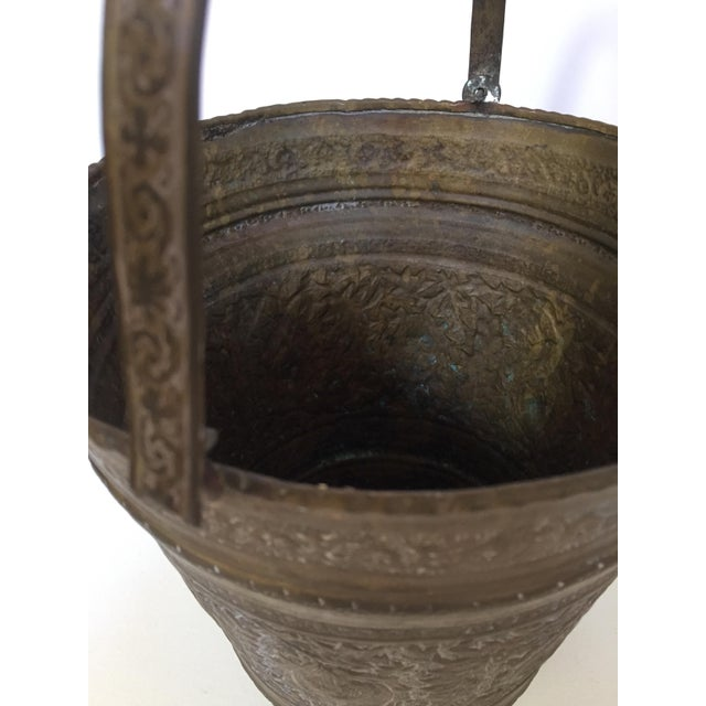 Anglo-Indian Anglo-Raj Mughal Bronzed Copper Vessel Bucket For Sale - Image 3 of 12
