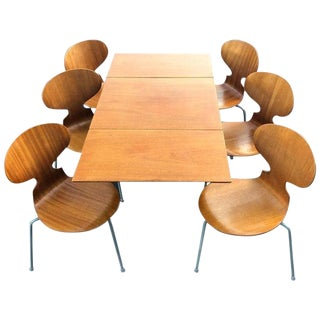 Arne Jacobsen Ant Chairs & Table Dining Set For Sale