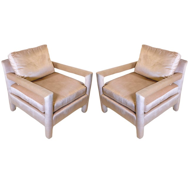 Pair of Milo Baughman Style Parsons Chairs in Blush Velvet For Sale
