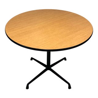 Mid-Century Modern Charles & Ray Eames for Herman Miller Round Bistro Table For Sale