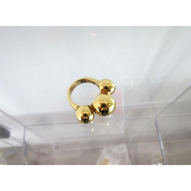 Vintage 14k Gold Italian Ring With Three Round Balls For Sale - Image 4 of 6