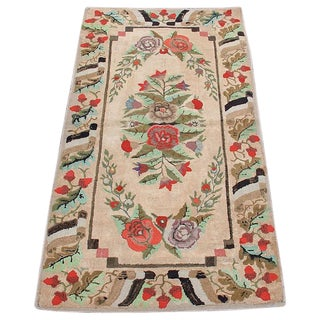 Early 20th Century American Hooked Rug For Sale