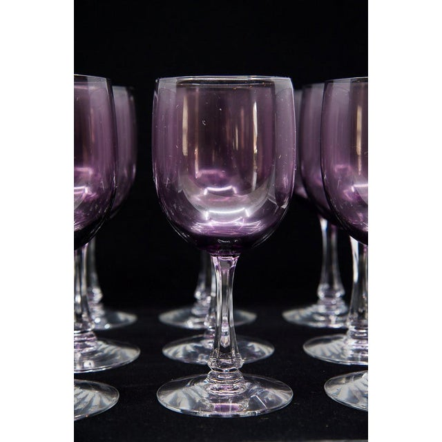 "Mid-Century Modern Fostoria Mid-Century Modern ""Fascination"" Amethyst Wine Glasses - Set of 12 For Sale - Image 3 of 9"