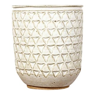 Christian Boehr Ceramic Stoneware Planter — Large Delta Pattern — White Glaze — P41 For Sale