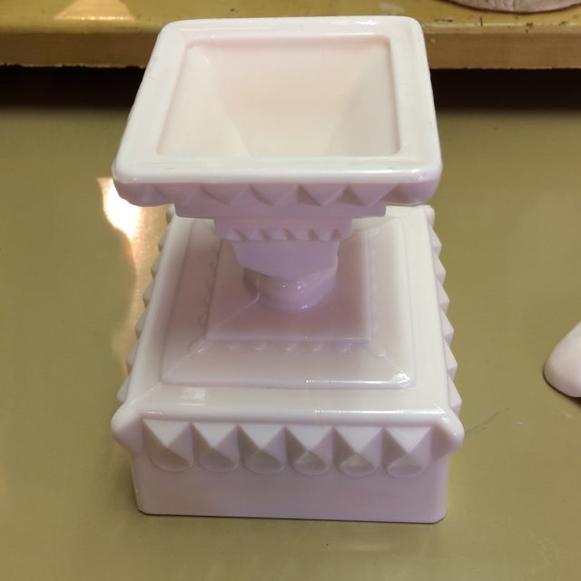 Mid-Century Modern Vintage Pink Milk Glass Covered Candy Pedestal Bowl - Wedding Box For Sale - Image 3 of 9