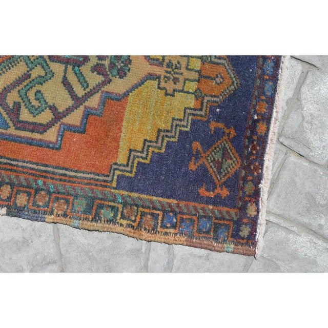 """Front of Bath Kitchen Sink Rug Hand Made Bath Mat Faded Mini Rug 1'9"""" X 3'5"""" For Sale - Image 4 of 6"""