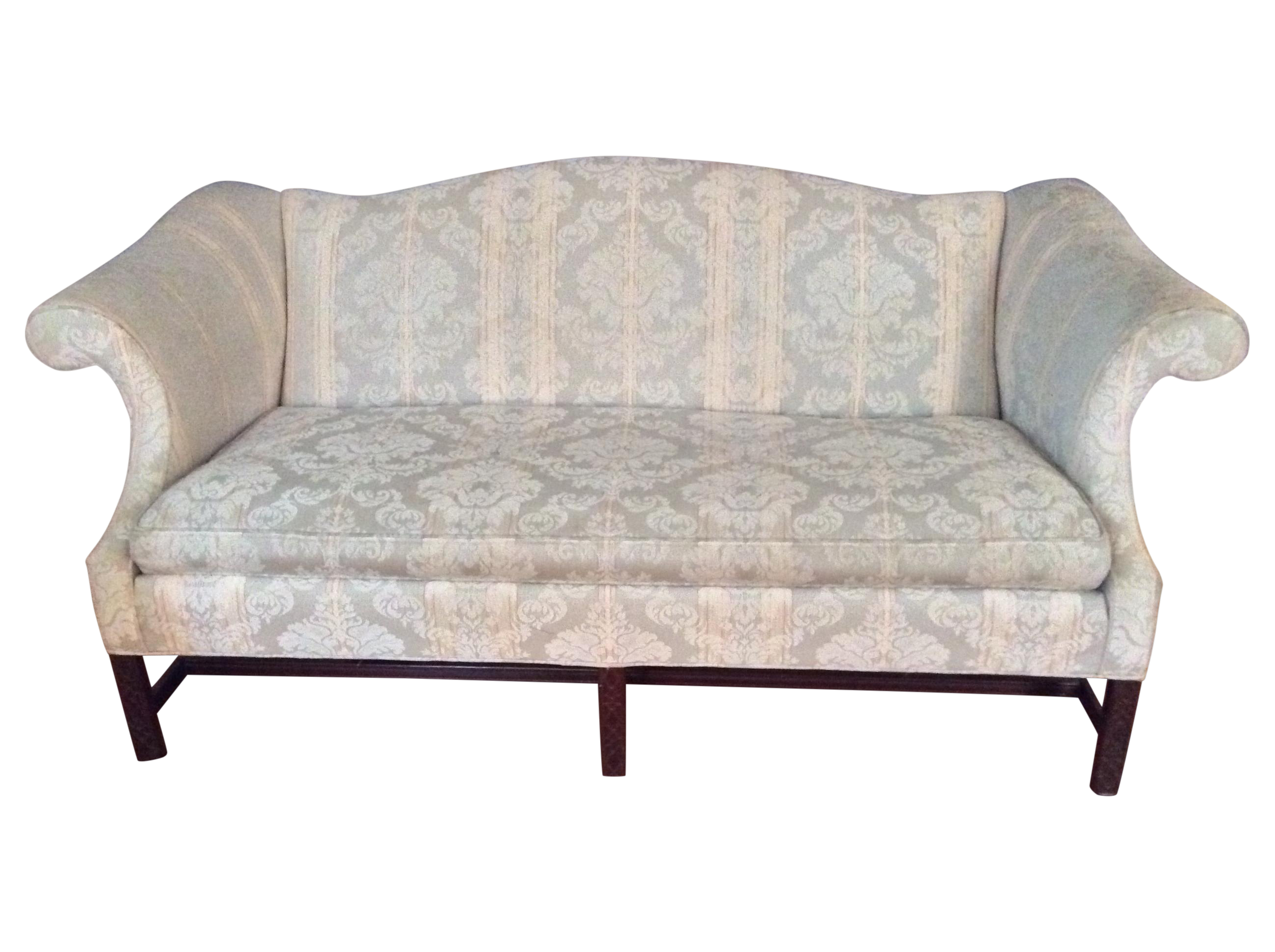 Charmant Chippendale Camelback Sofa