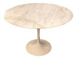 Image of Round Dining Tables