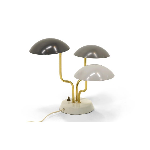 Gino Sarfatti for Arteluce Three Shade Table Lamp in Monochromatic Gray & Brass For Sale In Kansas City - Image 6 of 6