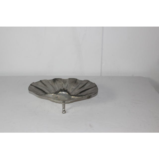 English Traditional Pewter Shell Shaped Bowl For Sale - Image 3 of 4