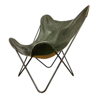Midcentury Modern Hardoy Butterfly Chair With Leather Sling For Sale