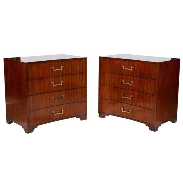 1940s Pair of Modern Concave Mahogany Chests Att. To Parzinger For Sale - Image 5 of 5