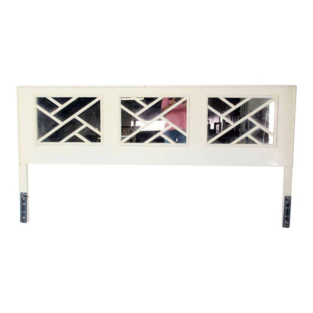 1970s Faux Bamboo Mid Century Modern White Lacquer King Size Headboard For Sale - Image 5 of 5