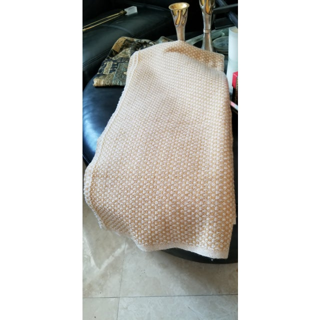 Last Ca. Yellow-Beige Cashmere Blanket For Sale In Miami - Image 6 of 7