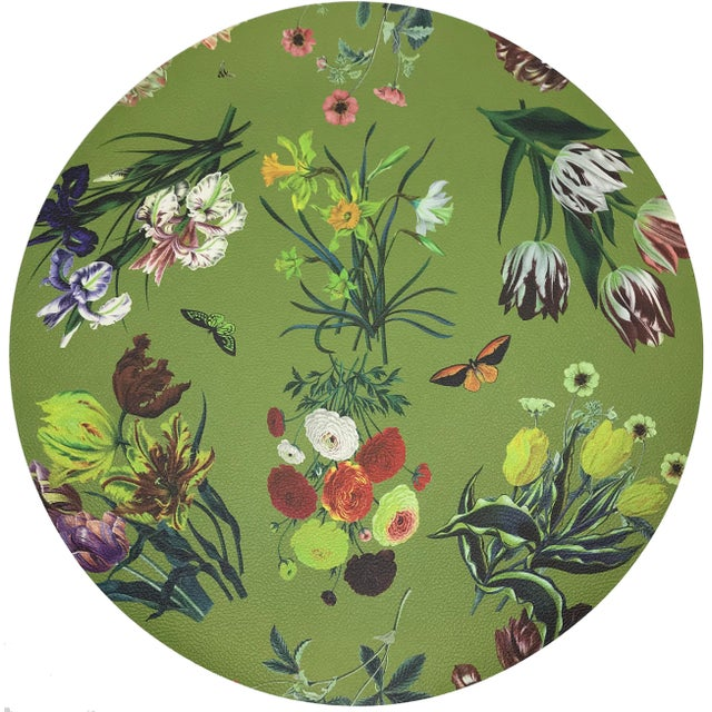 """Modern Nicolette Mayer Flora Fauna Fontana 16"""" Round Pebble Placemat For Sale - Image 3 of 3"""