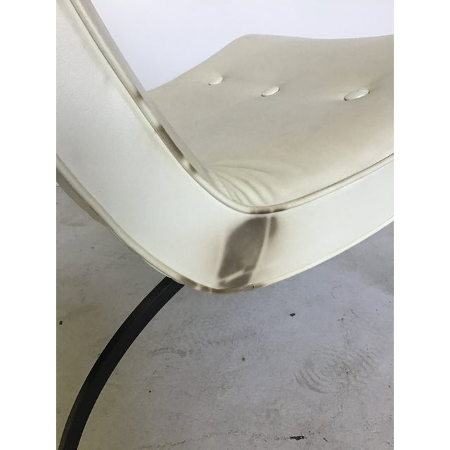 White Vintage Milo Baughman Iron Leg Scoop Lounge Chair For Sale - Image 8 of 11