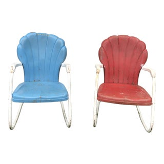 Vintage Mid Century Metal Shellback Rocking Lawn Chairs - a Pair For Sale
