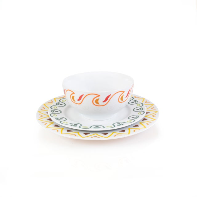 Robberg Collection white side plate with green pattern