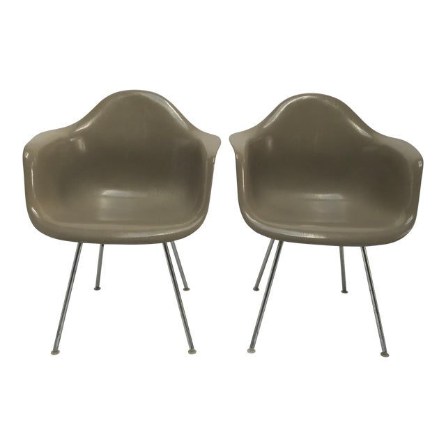 Vintage Eames Armchairs for Herman Miller - a Pair For Sale