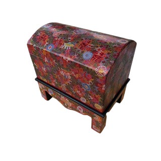 Folk Art Olinala Hand-Painted Red Wooden Trunk For Sale
