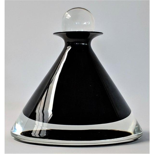 1980s Vintage Mario Pinzoni for Seguso Vetri d'Arte Glass Bottle For Sale - Image 13 of 13