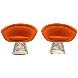 Warren Platner Lounge Chairs for Knoll, Wire Frames, Orange Maharam Fabric, Pair For Sale