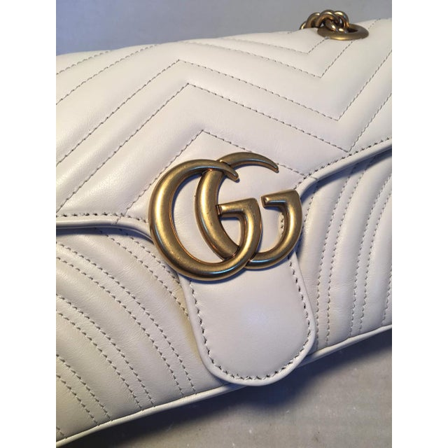 0db960cce9a4 Gucci Gg Marmont Small Matelassé White Leather Shoulder Bag For Sale In New  York - Image