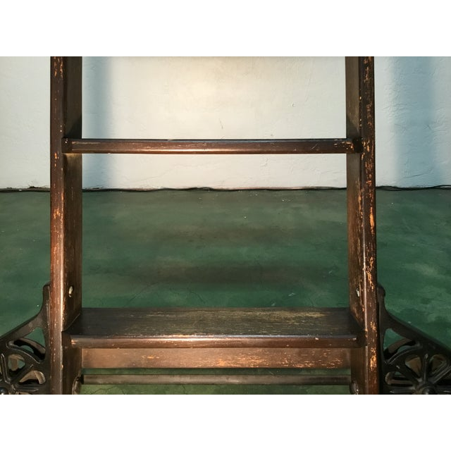 1920s 1920s English Traditional Mahogany Library Ladder For Sale - Image 5 of 13