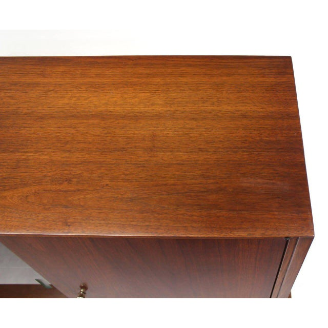 Wood Mid-Century Modern Credenza or Low China Cabinet For Sale - Image 7 of 8