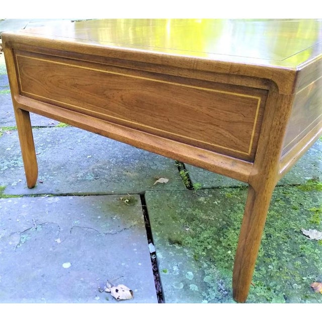Mid-Century Modern Mid-Century Mastercraft End Table For Sale - Image 3 of 11