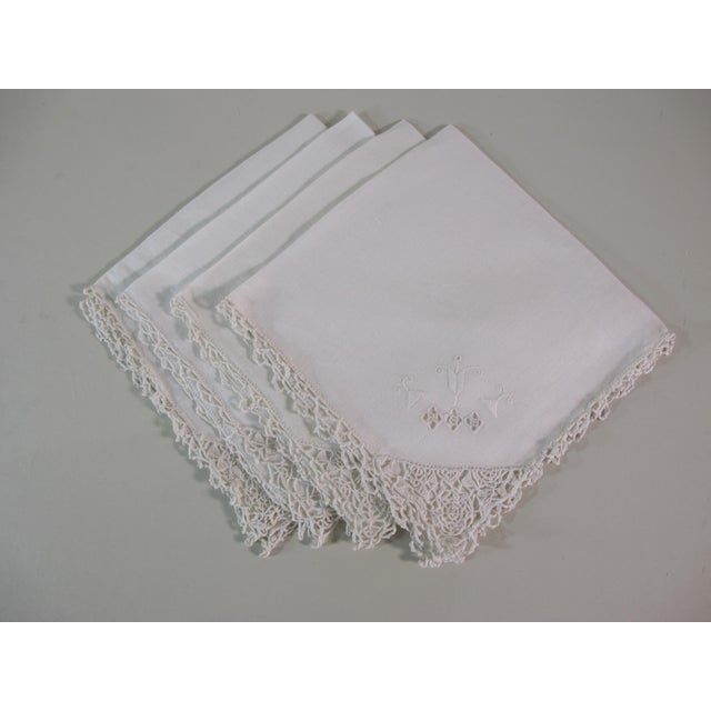 Arts and Crafts Embroidered Linen Napkins - Set of 4 For Sale - Image 4 of 4