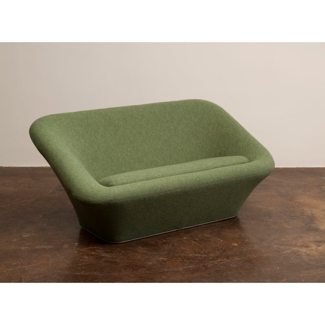 Pierre Paulin Mushroom Sofa in Wool for Artifort, France C. 1962 For Sale - Image 13 of 13