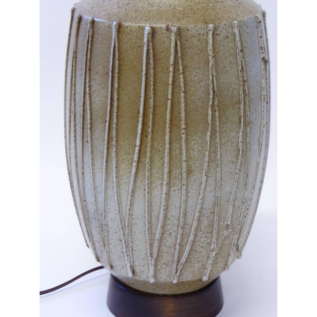 1960s David Cressey Pottery Table Lamp For Sale In Miami - Image 6 of 10