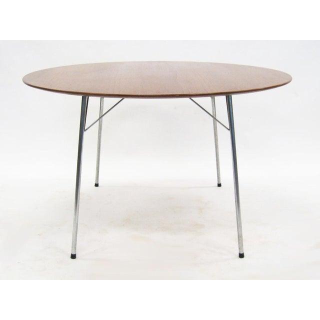 Model 3600 dining table by Arne Jacobsen for Fritz Hansen - Image 4 of 7