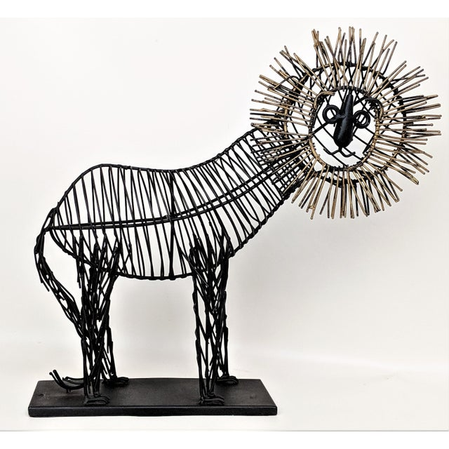 Curtis Jere style wire sculpture. Circa 1980s. Made of welded wire with bronze wire accents.