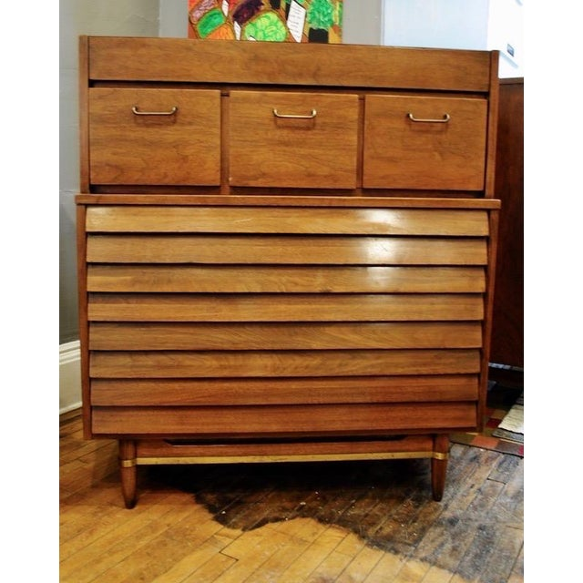Gold Mid Century American of Martinsville Walnut Tall Chest Dresser For Sale - Image 8 of 8