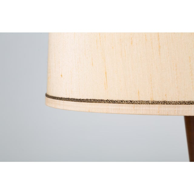 White Tall Table Lamps in Walnut and Resin by Moderna - a Pair For Sale - Image 8 of 13