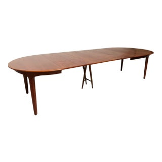Henning Kjaernalf Mid-Century Danish Modern Teak Extendable Dining Table For Sale